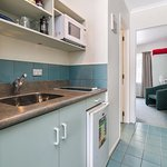 Kitchenette With 2 x Hobs