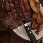 T-Bone Steak w/Steak Fries