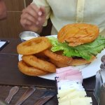 blue cheese burger - good but too heavy! Should be shared