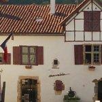 une façade de maison de La Bastide Clairence