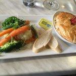 Marron pie with vegetables
