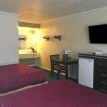 Photo de Americas Best Value Inn - Atascadero / Paso Robles