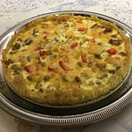 Sausage and Cheddar Cheese Quiche with Hashbrown Crust