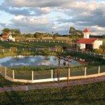 Vista general de nuestra capilla y laguna de caimanes