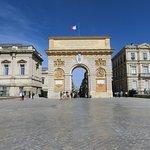 Porte du Peyrou, arc de triomphe