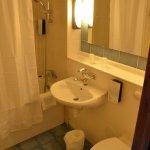 Salle de bain fonctionnelle (sèche cheveux)