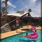Photo de Triangle Inn Palm Springs