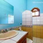 Villas shared bathroom