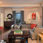 Signature Suite - Modern Art Suite