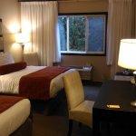 Photo of Prestige Hotel Vernon