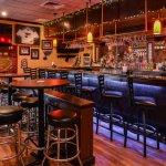 Van's Tavern