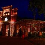 Iluminação noturna do Restaurante Cabeza de Vaca!