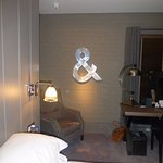 quirky decor, ampersand, large table lamp