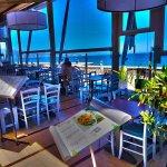 Foto de Paralia Seaside Restaurant