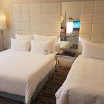 Spacious bedroom & clean bathtoom