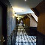 Couloir donnant à la chambre