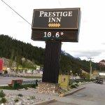 Prestige Inn Golden Foto