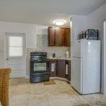 Nauti Room  Kitchen & Living Room