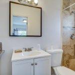 Nauti Room Bathroom