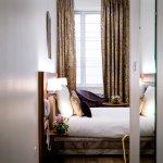 Photo of Le Phenix Hotel