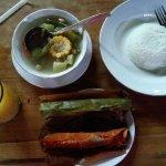 Photo de Rumah Makan Inggil
