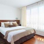 Departamento Standard, de un ambiente, cama matrimonial, kitchenette equipada y baño.