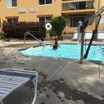 Foto de Days Inn & Suites Omaha NE