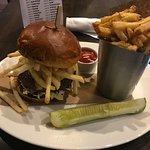 """Pittsburgh Burger"""
