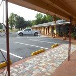Bell Villa Motel & MHP