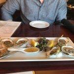 Foto de Mooncussers Tavern Inn & Restaurant