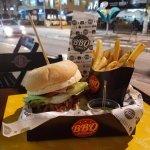 صورة فوتوغرافية لـ BBQ Burger