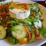 Geitenkaas salade (goat's cheese salad) - delicious