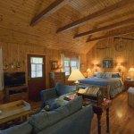Autumn Ridge Cottages Photo