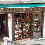 Photo de Cantine del Vino Già Schiavi