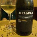 Etna white wine