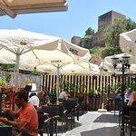 Terraza a pie de la Alcazaba