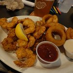 Fried Shrimp and Oysters with onion ring sides