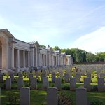 Faubourg-d'Amiens Cemetery