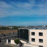 Photo de B&B Hotel Madrid Airport T1 T2 T3