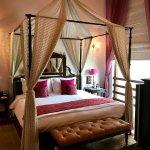 H.N. Prabhu Narain Singh Suite – Bedroom