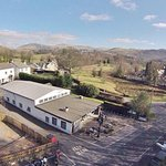 Great location with FREE parking, just 150 yards from the A66 roundabout at Keswick