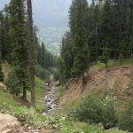 Stop by Kashmir Valley on the way for an awesome view of the Valley