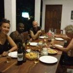 Repas à l'hostel avec l'équipe