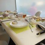Caótico servicio en el desayuno pese a las buenas intenciones de los empleados