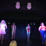 Zdjęcie Vau d'vile Drag Cabaret Restaurant