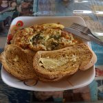 chicken omelette with pesto