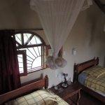 Twin beds at Papacito