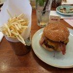 Gourmet Burger Kitchenの写真
