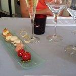 apéritifs au champagne et mise en bouche
