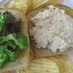 tuna sandwich w/ waffle chips